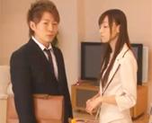 【志戸哲也 女性向け】お姉が彼氏を家に連れてきてセックス♥興奮した妹はドアの外でオナニーしちゃう☆