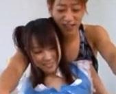 エロメンの沢井亮さんがコスプレをした貧乳の美少女との絡みを演じる女性向け動画♥大勢の男性が見守るなか、恥ずかしい格好にされたりして、たっぷり感じちゃうちょっとMな女の子がとっても興奮しちゃう♪
