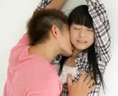 【志戸哲也 女性向け】壁に押されて強引にキスされて思わずドキドキしちゃう女の子♥