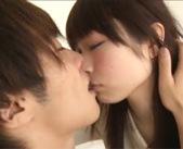 見つめあってラブラブしながらいっぱいチューして一緒に気持ちよくなるエロメン彼氏、鈴木一徹くんとの密着セックス