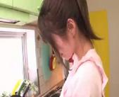 【ラブラブ 女性向け】新婚ホヤホヤのラブラブ夫婦が料理中なのにキッチンでイチャイチャセックスしちゃう