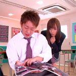【志戸哲也 女性向け】学校でエッチな本を読んでいるカレと誰も居ない教室でこっそり・・・
