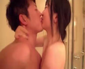 【志戸哲也】カレと一緒にお風呂♪洗いっこしているうちにお互いを求め合ってしまう・・・