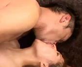 ダンディでエロメンな大島丈さんにねっとりとキスをされてから2人で激しく体を抱きしめあい濃厚なセックスを堪能しちゃう