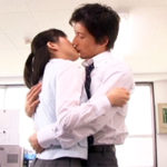 【藤木一真】】禁断の不倫ラブ♥業務時間中なのにイケメン上司から熱いキスをされて…