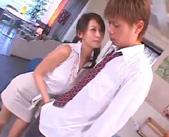 【小田切ジュン】童貞の生徒にエッチの仕方を教えてあげるつもりが自分も気持ちよくなっちゃった