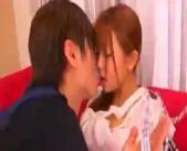 【小田切ジュン】料理教室の生徒と2人きりで授業しているとエッチなムードになりエプロン外してセックスしちゃった