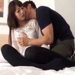 【大沢真司 女性向け】黒いニーハイソックスが扇情的でエロス♡セクシー彼女にエロメンもドキドキしちゃう?白いシーツのベッドでじっくり前戯