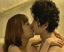 【ムータン 女性向け】草食系な彼をお風呂で誘惑♡たくさんのキスで甘い雰囲気をかもし出すラブカップルのバスシーン♪