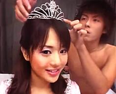 【奥村友真】女の子なら憧れる、お姫様みたいに丁重に扱われてエロメンくんにご奉仕されちゃう♡徐々にドレスを脱がされて、沢山くちびるを奪われて…