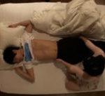 【杉崎春 水樹くるみ】寝ている彼にバレない様に忍び寄り夜這い♪訳も分からず焦る彼に興奮しちゃう♪ 女性向け無料アダルト動画