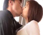 【鮫島】荒い息で何度も交わす激しいキス。それだけでとろけそうになりもっと欲しくなっちゃう!何度もイカされ身も心も…♪ 女性向け無料アダルト動画