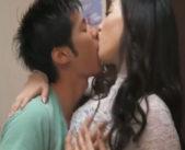 「人のモノだと欲しくなっちゃう。」友達の彼氏を誘惑♪魅了された彼氏は玄関でがっつく様にキス、生えっちで中出しまで♪ 女性向け無料アダルト動画