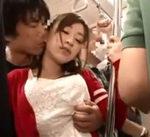 おしりを触られているような気が…満員電車でぎりぎりボディタッチの痴漢で濡れちゃうお姉さん 女性向け無料アダルト動画