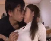 【小田切ジュン】家庭教師中にニットでおっぱいが強調されて…むらむらした生徒に襲われエッチ 女性向け無料アダルト動画